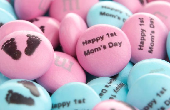 Personalized Mother's Day gift M&M'S on a white background