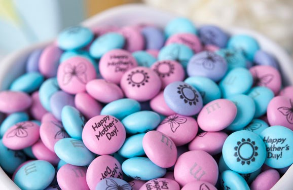 Personalized Mother's Day gift M&M'S in a white bowl