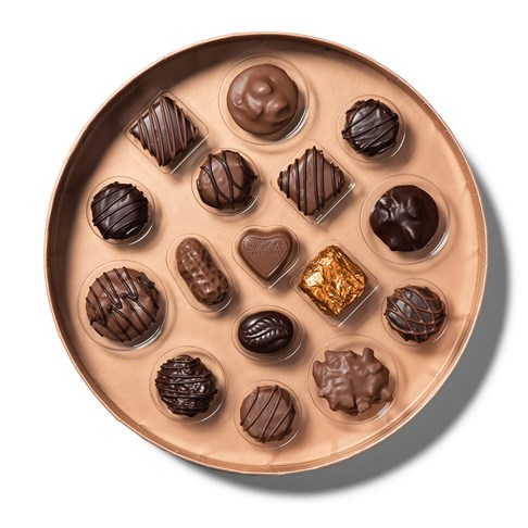 classic collection showing chocolate in tray
