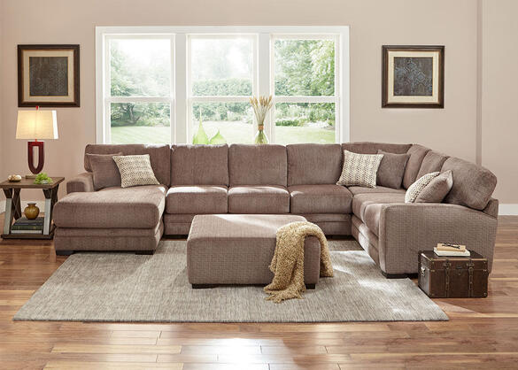 Easton Gray 3 Pc. Sectional w/Chaise (Reverse)