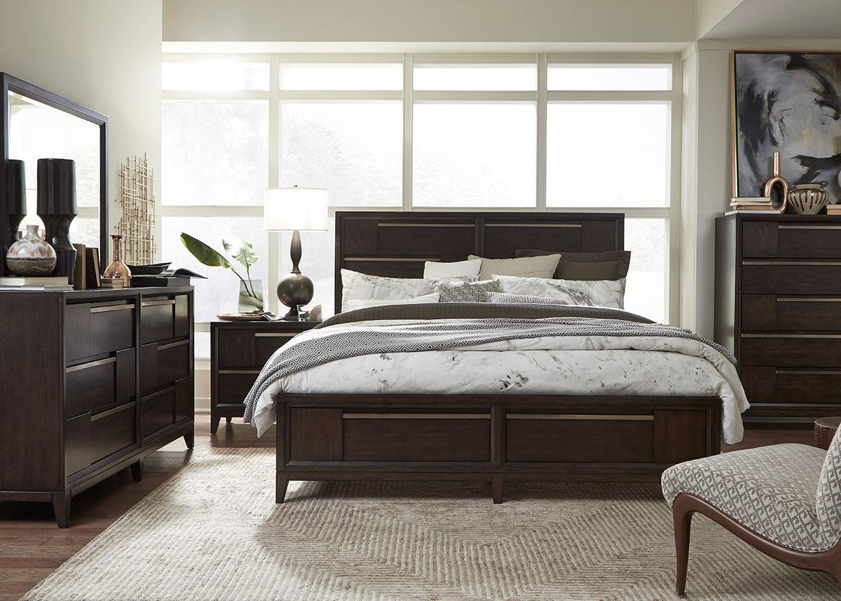 Good Jennifer Cherry 7 Pc. Queen Bedroom