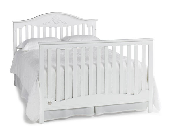 Mia Snow White Convertible Crib by Fisher Price