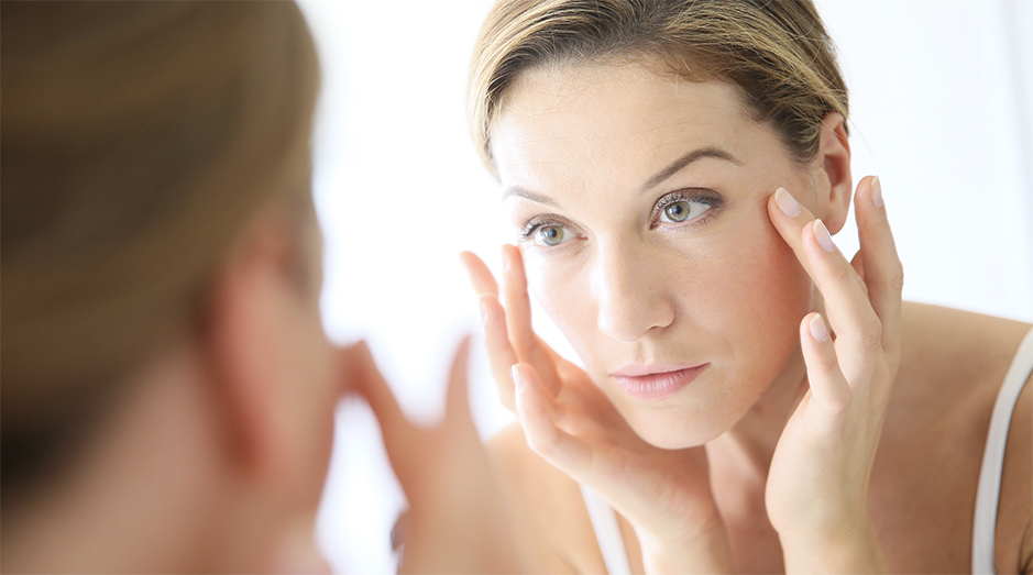 Women concerned about the signs of aging
