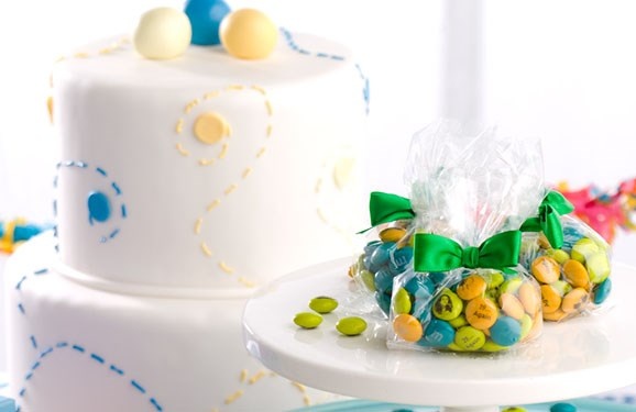 Birthday party ideas with personalized M&M'S