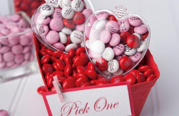 heart shaped favors with personalized M&M'S