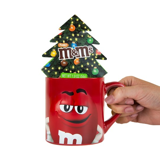 M&M'S Holiday Mug Set; Scale View