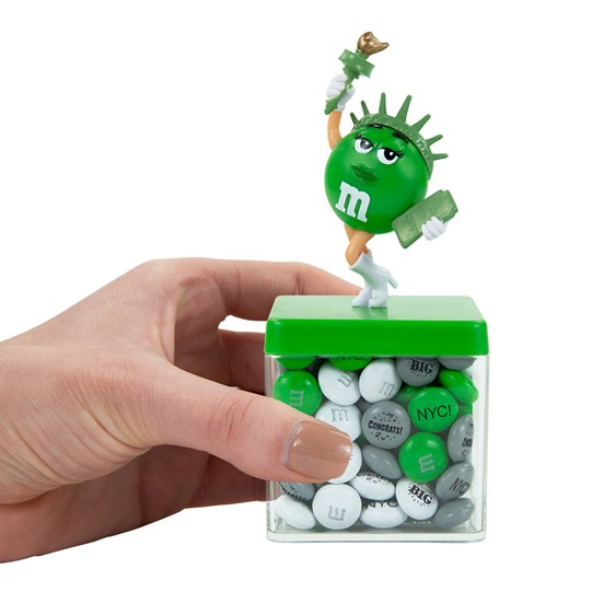 Hand holding Personalizable M&M'S Liberty Cube Gift Box