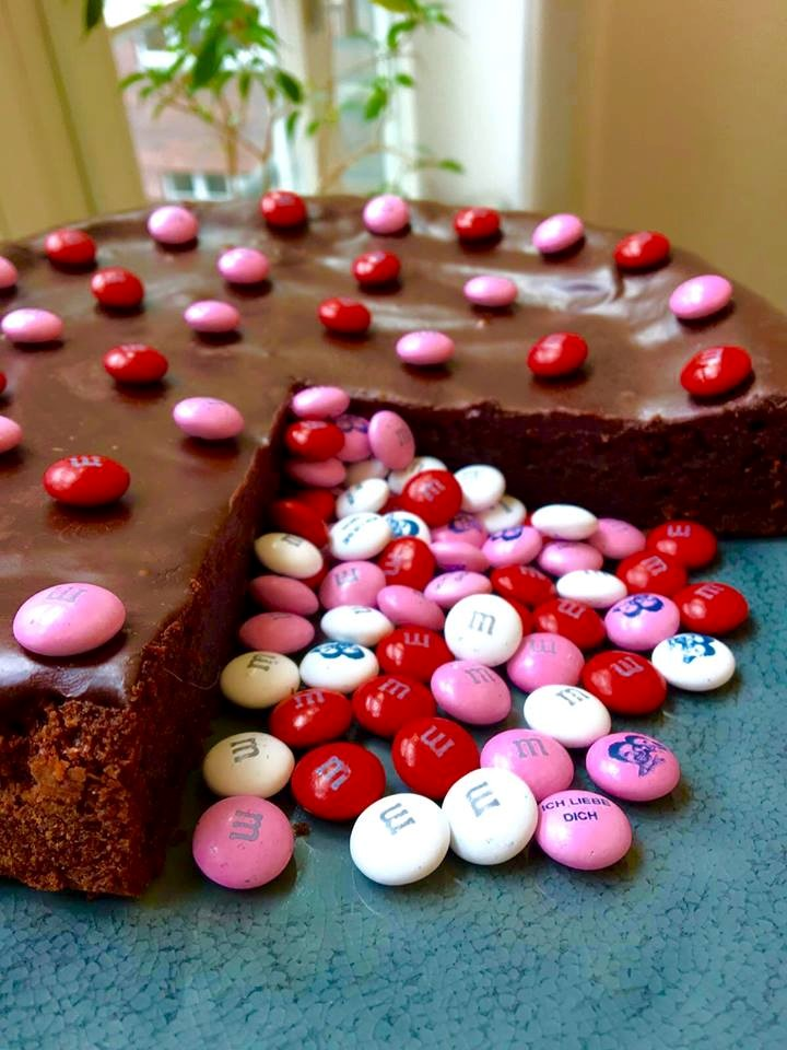 Birthday party ideas with personalised M&M'S