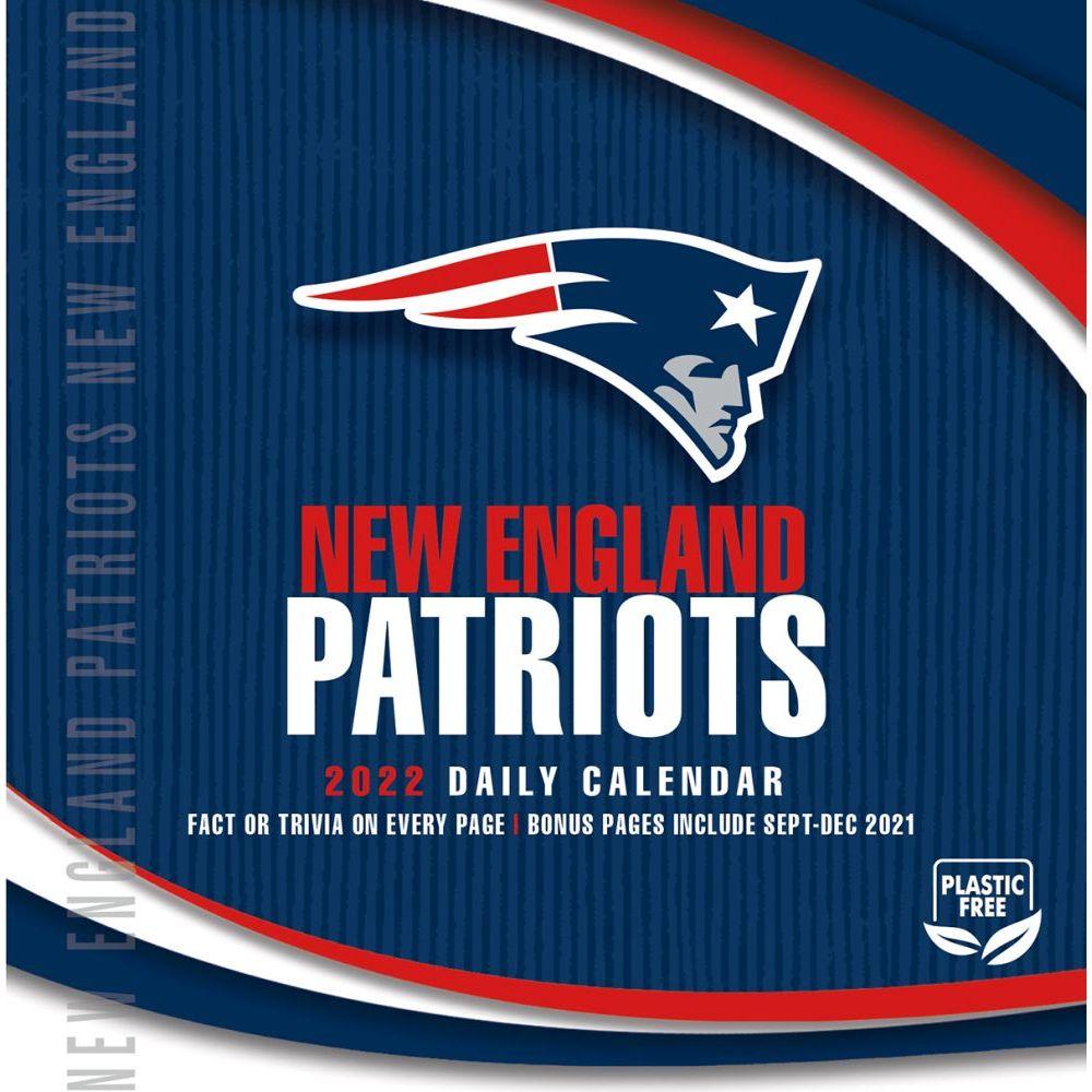 New England Patriots 2022 Desk Calendar