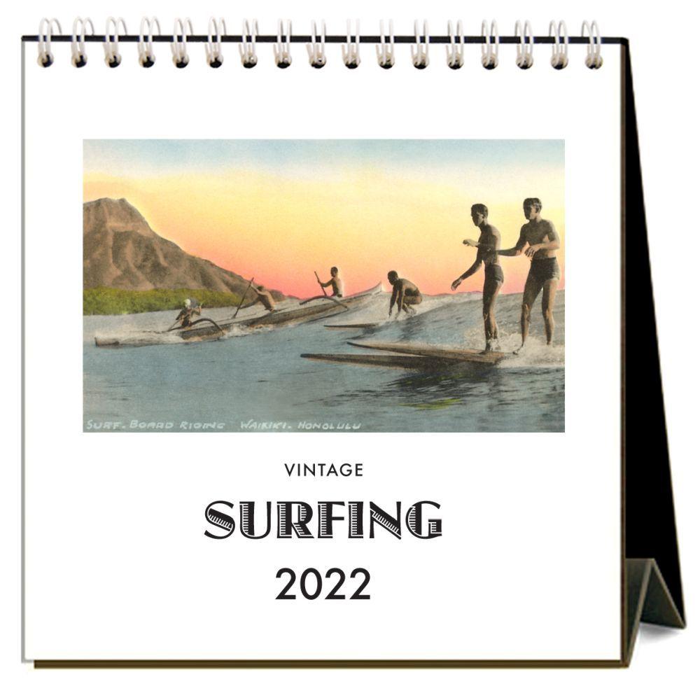 Surfing 2022 Desk Calendar