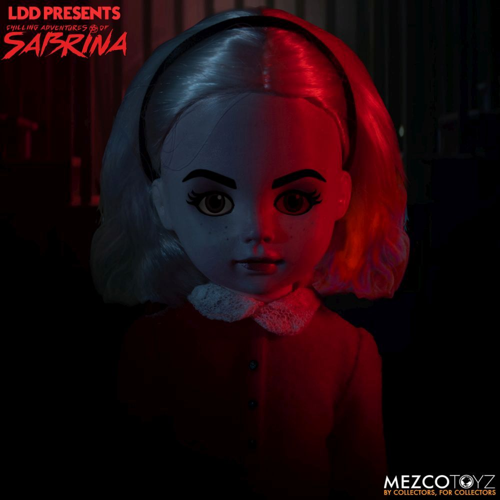 Chilling-Adventures-of-Sabrina-Living-Dead-Doll-4