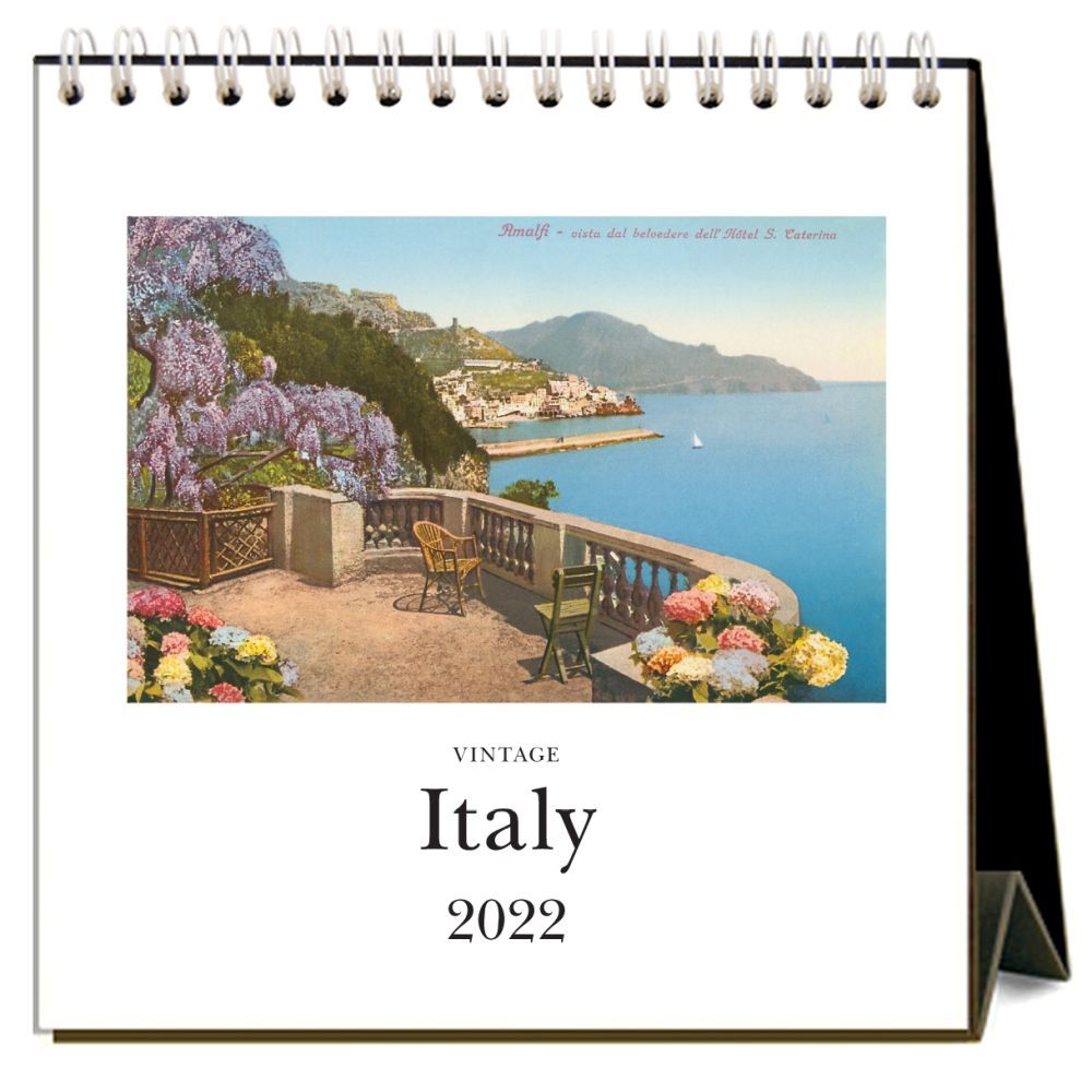 Italy 2022 Desk Calendar