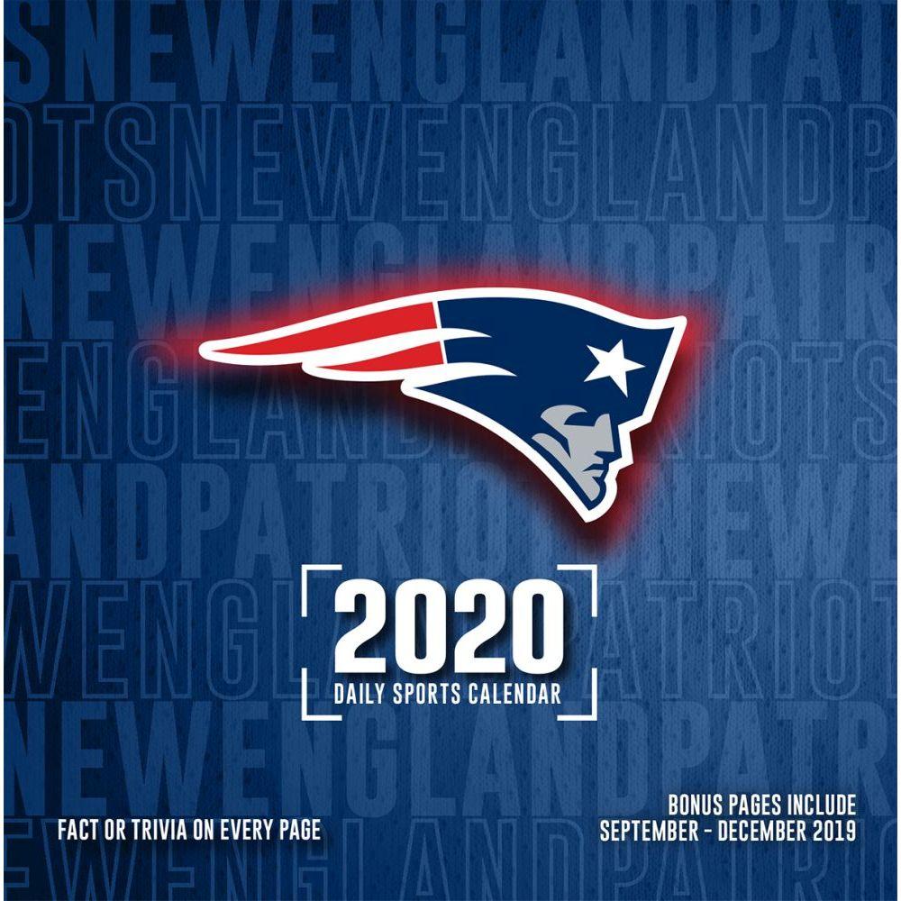 New England Patriots 2021 Desk Calendar