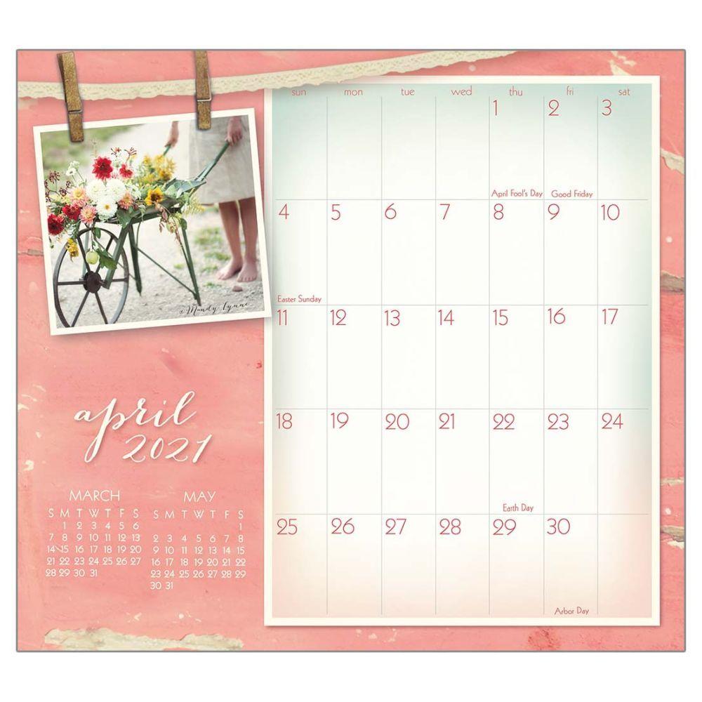 2021 Vintage Pink Magnetic Calendar