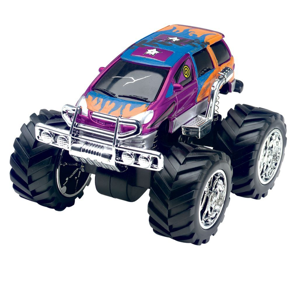 Monster Trucks-4