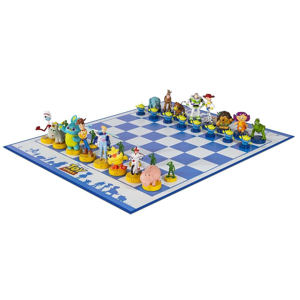 Toy-Story-Collectors-Chess-Set-3