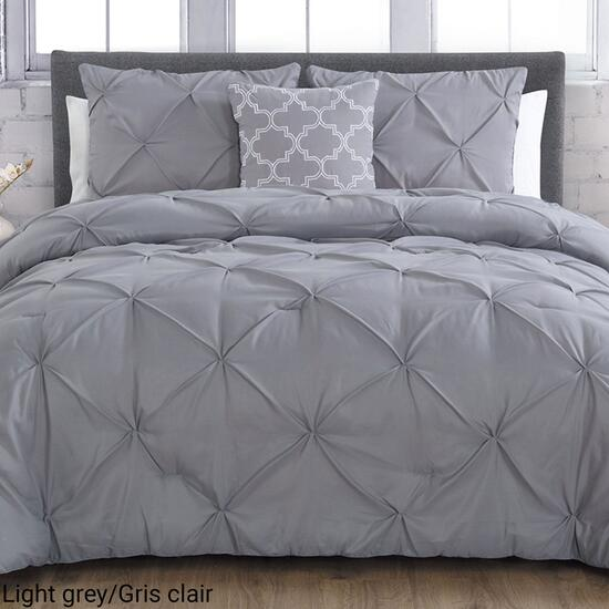 Casa Platino-Adrian Pinch Pleat Queen Comforter set - 4pc.