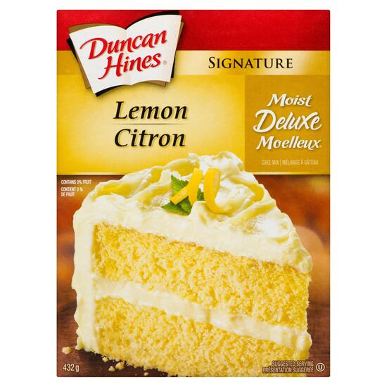 Duncan Hines Signature Moist Deluxe Lemon Cake Mix - 432g