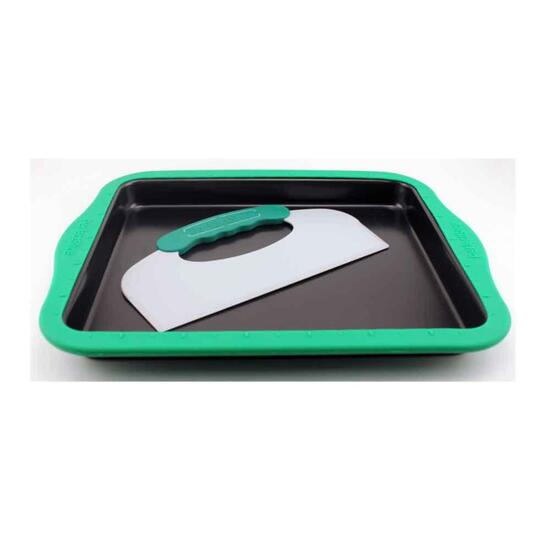 BergHoff Perfect Slice Cookie Sheet with Silicone Sleeve and Slicing Tool - 14in. x 11in. x 1.3in.