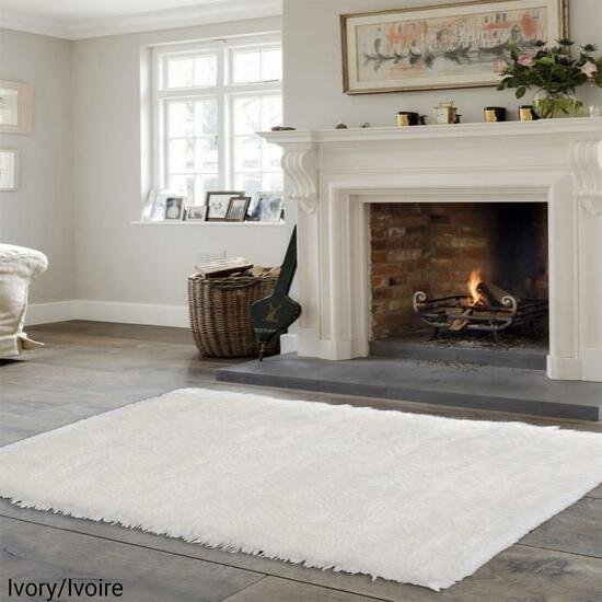 eCarpetGallery New Zealand Ivory Faux Sheepskin Plush Accent Rug