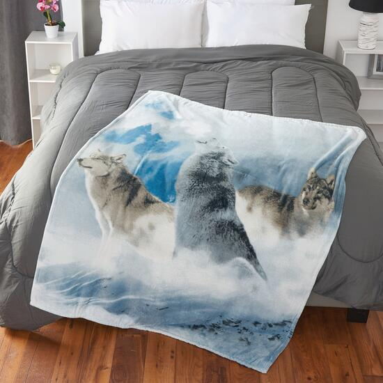 Full Moon Wolf Throw Blanket